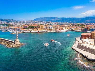 <p><span>2020 júniusától hetente egyszer</span>repülhetünk majd a görög szigetre, Chaniába a Ryanair járataival, egészen szeptember végéig.</p>
