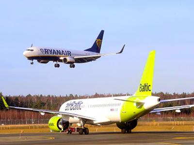 <p>Hetente két járattal tér vissza Budapestre az Air Baltic légitársaság, míg a Ryanair novembertől indítja el járatait ugyanezen az útvonalon.</p>